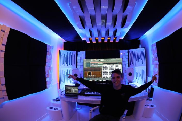 CURSIST DJ SCHOOL NEDERLAND